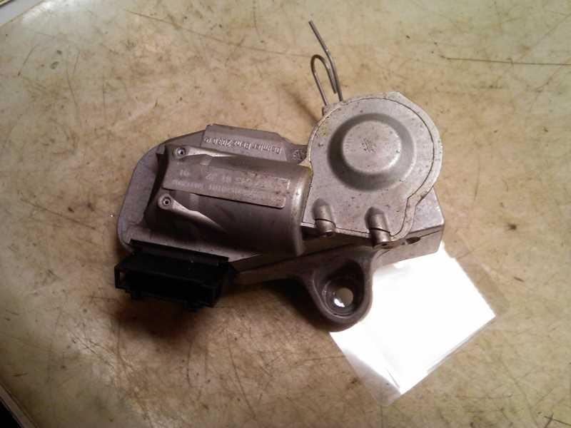 A0375456132 steering wheel lock for mercedes sprinter w906 for Steering wheel lock mercedes benz